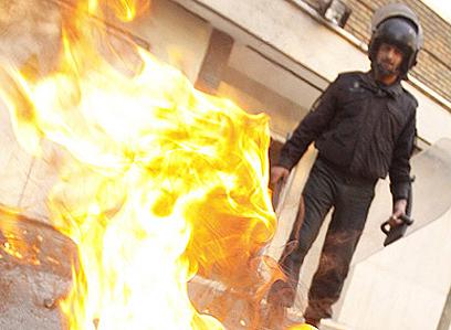 Attack on British embassy (Photo: MEHR New Agency)