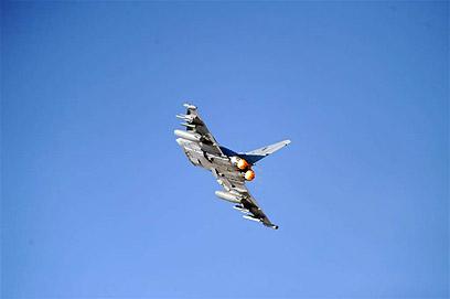 מטוס בשמי הדרום (צילום: יאיר שגיא, ידיעות אחרונות) (צילום: יאיר שגיא, ידיעות אחרונות)