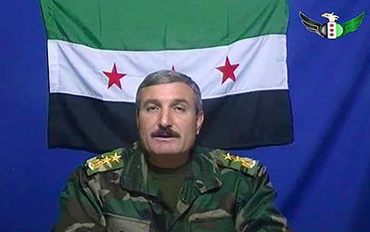 ערק לטורקיה והקים את ארגון המורדים המזוין. ריאד אל-אסעד (צילום: AP)