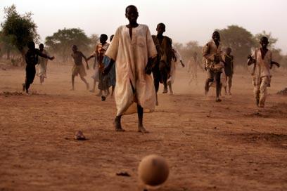 יאללה, עוד דרבי לאוסף. כדורגל בצ'ד (צילום: Gettyimages) (צילום: Gettyimages)