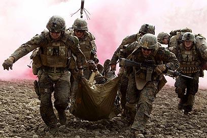 גם האמריקנים מאמינים ששימוש באלימות הוא כלי יעיל להשגת מטרות. אפגניסטן (צילום: AFP)