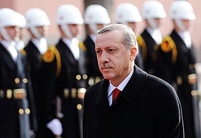תחת הנהגתו ההכנסה לנפש גדלה פי שלושה. ראש ממשלת טורקיה (צילום: רויטרס) (צילום: רויטרס)