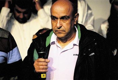 מנצור זיאדה. אחד האסירים המשוחררים מודה לקהל (צילום: באדיבות yaffa48)