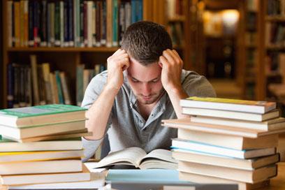 """""""לראשונה בחיי ישבתי ללמוד, אבל משהו היה לא בסדר"""" (צילום: shutterstock) (צילום: shutterstock)"""