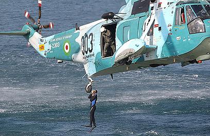 Iranian naval drill (Archive photo: Mehrnews.com)