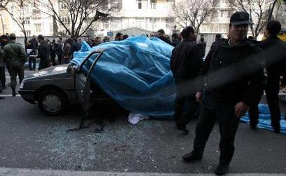 המכונית שנפגעה בפיצוץ, הבוקר ()