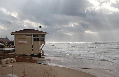חוף הצוק - בסיס אימונים (צילום: מוטי קמחי) (צילום: מוטי קמחי)