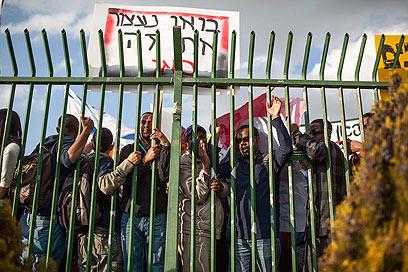 מחאת האתיופים - גם נגד הפוליטיקאים (צילום: נועם מושקוביץ) (צילום: נועם מושקוביץ)