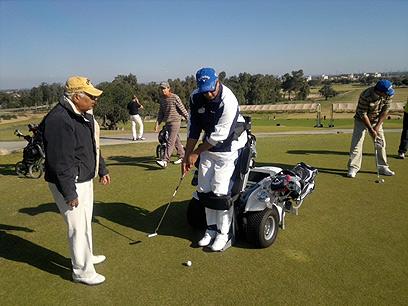 לשחק גולף מול שחקנים שאינם נכים. Paragolfer (צילום: באדיבות חברת כמיטק)