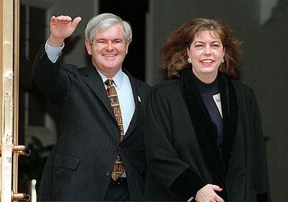מריאן וניוט גינגריץ' ב-1997 (צילום: AP) (צילום: AP)