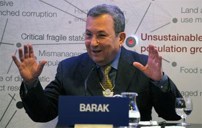 """ברק בדאבוס. """"דרושות סנקציות חריפות יותר"""" (צילום: AFP) (צילום: AFP)"""