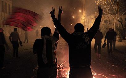 כנראה שההפגנות במצרים לא ממש עזרו ליחסי ישראל-מצרים (צילום: AFP) (צילום: AFP)