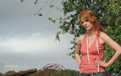 """ג'סיקה צ'סטיין ב""""סערת רוחות"""". השמיים מעוננים, העתיד בהיר ()"""