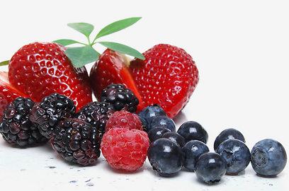 בפירות יער יש רכיבים אנטי-דלקתיים (צילום: shutterstock) (צילום: shutterstock)