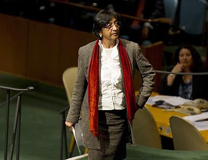 """מספר ההרוגים עלול להיות גבוה יותר. נציבת האו""""ם לזכויות אדם נאבי פיליי (צילום: AFP) (צילום: AFP)"""