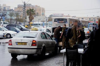 כמה מהן מזוהמות? מונית סקודה (צילום: הרצל יוסף) (צילום: הרצל יוסף)