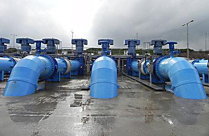 """130 ק""""מ שבהם עוברים המים. משאבות המוביל הארצי (צילום: זיו ריינשטיין) (צילום: זיו ריינשטיין)"""
