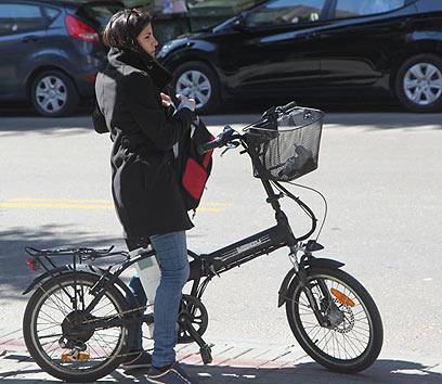 אופניים. דרך נהדרת להתחיל את היום (צילום: מוטי קמחי) (צילום: מוטי קמחי)