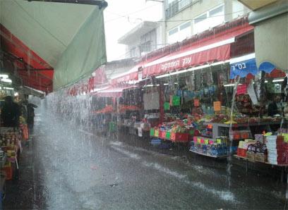 יום חלש בשוק הכרמל בתל-אביב (צילום: עמית מלכא שנקר)