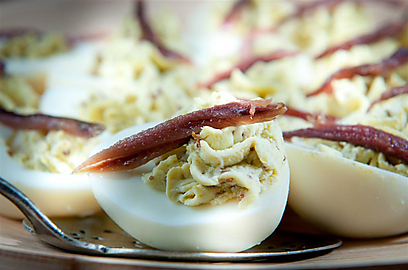 ביצי קזינו (צילום: ירון ברנר)
