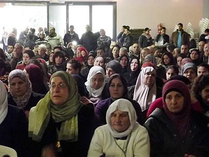 מאות השתתפו במפגן ההזדהות  (צילום: חסן שעלאן) (צילום: חסן שעלאן)