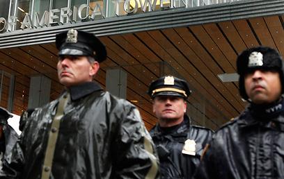כמה הם השפיעו? שוטרים בניו יורק (צילום: רויטרס) (צילום: רויטרס)
