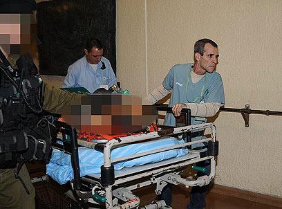 הפינוי לסורוקה אחרי הירי על מועצת אשכול (צילום: הרצל יוסף) (צילום: הרצל יוסף)