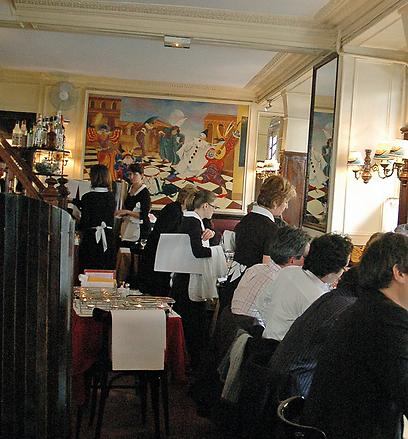 אטרקציית הבשר מספר אחת בפריז. רלה דה וניז (צילום: יפה עירון קוץ) (צילום: יפה עירון קוץ)