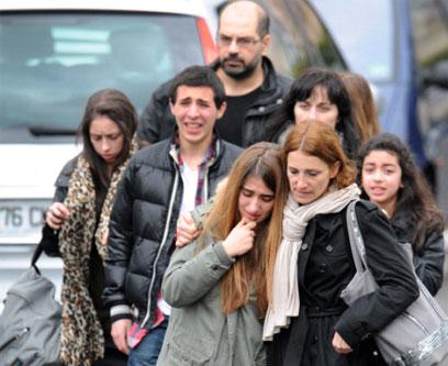 ליד זירת הירי (צילום: AFP) (צילום: AFP)