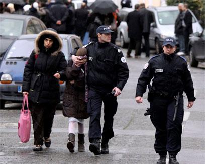 זירת הפיגוע בצרפת, היום (צילום: AP) (צילום: AP)