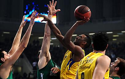 קית' לנגפורד. גילה אחריות במשחק השני (צילום: AFP) (צילום: AFP)
