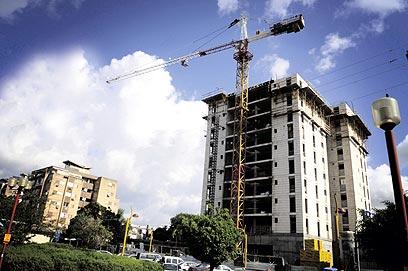 מנופים בכל פינה: זינוק של 50% בהתחלות הבנייה (צילום: קובי קואנקס) (צילום: קובי קואנקס)