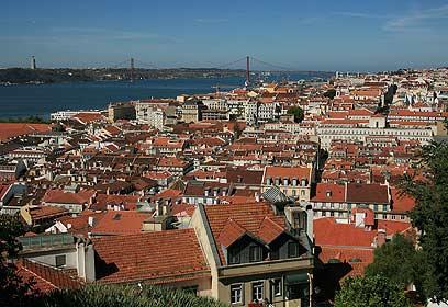 מחכה לכן שתבואו - ליסבון, פורטוגל (צילום: Getty Images Imagebank)