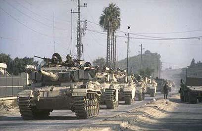 """יצאנו מצידון, אבל לא מלבנון. 18 שנה של כיבוש בעייתי (צילום: לע""""מ) (צילום: לע"""