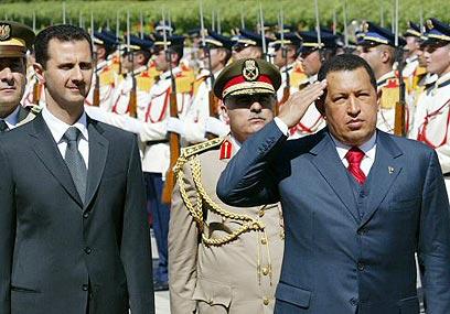 עם נשיא סוריה, בשאר אסד (צילום: איי אף פי) (צילום: איי אף פי)