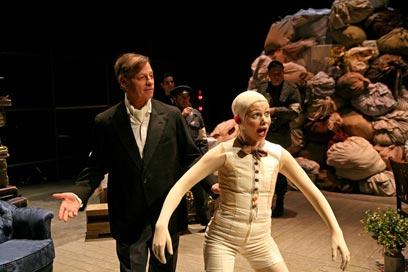 """מתוך ההצגה """"גטו"""". הזדמנות להשתפר  (צילום: ז'רר אלון) (צילום: ז'רר אלון)"""