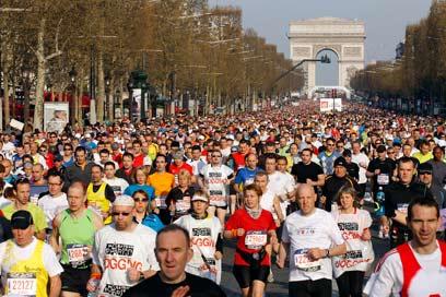 51,214 צעדים כדי לסיים. מרתון פריז (צילום: רויטרס) (צילום: רויטרס)