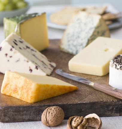 French ambassador says Israeli consumer has become more demanding about the quality of cheese (Photo: Index Open)