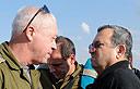 יואב גלנט ואהוד ברק (צילום: אריאל חרמוני, משרד הביטחון)