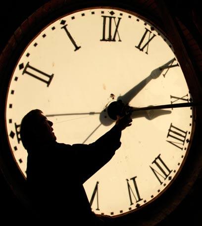 שעה אחת, מאבק אינסופי (צילום: AP)