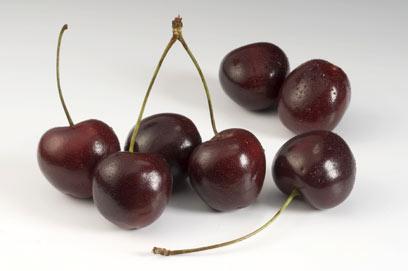 דובדבנים מסייעים בהורדת הכולסטרול ואיזון הסוכר בדם (צילום: Index Open) (צילום: Index Open)