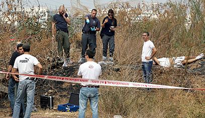 """מקום מציאת הגופה, בין רמת גן לפתח תקווה. """"כיפה אדומה"""" (צילום: תומריקו) (צילום: תומריקו)"""
