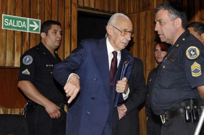 וידלה בימי משפטו (צילום: AFP) (צילום: AFP)