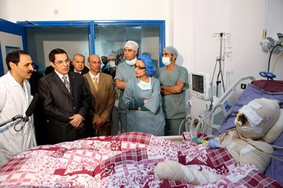 אבל הוא הצית את מהפכות ערב. בואזיזי התוניסאי והרודן בן עלי (צילום: AFP) (צילום: AFP)