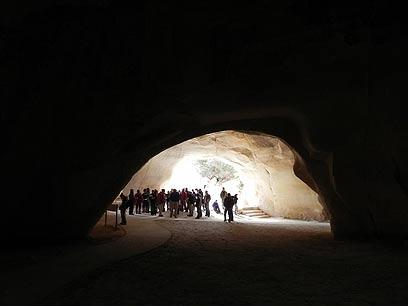 Туристы в Бейт-Гуврин Фото: Зив Райнштейн