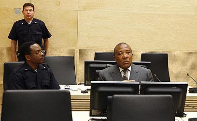 טיילור בבית המשפט. הרשעה היסטורית (צילום: AFP) (צילום: AFP)