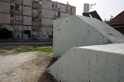 """מקלט ציבורי בב""""ש - רק אם אין ממ""""ד או מקלט בבניין שלכם (צילום: רועי עידן) (צילום: רועי עידן)"""