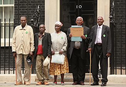 המורדים התובעים (ארכיון)            (צילום: Getty images imagbank) (צילום: Getty images imagbank)