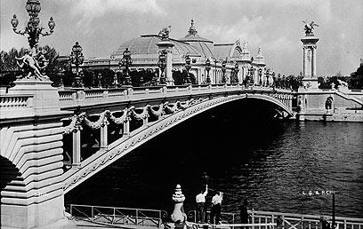 פריז של המאה שעברה. יסוד הספרות הצרפתית (צילום: GettyImages)  (צילום: Getty Images Imagebank) (צילום: Getty Images Imagebank)