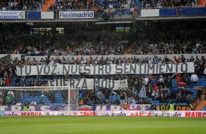 """אוהדי ריאל מדריד. פפה: """"הם אוהבים אותי"""" (צילום: AFP) (צילום: AFP)"""